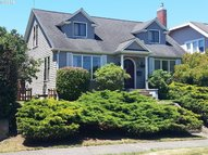 949 S 4th Coos Bay OR, 97420