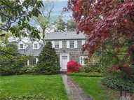 3 The Serpentine Roslyn NY, 11576