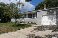 336 Old Country Rd Eastport NY, 11941