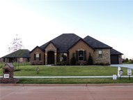 2209 W Beaver Point Drive Mustang OK, 73064