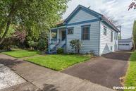 910 6th Av Sw Albany OR, 97321