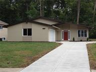 26269 Redwood Dr Olmsted Falls OH, 44138