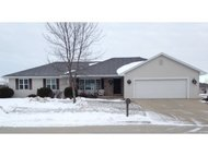 210 Country Ct Luxemburg WI, 54217