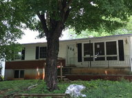 308 Walthall Horse Cave KY, 42749