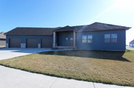 542 Willow Bend Circle Casselton ND, 58012