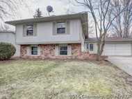 39 Ashley Ln Champaign IL, 61820
