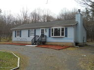 154 Crescent Way Albrightsville PA, 18210