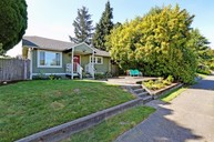 8451 30th Ave Sw Seattle WA, 98126
