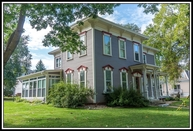 120 E Beacon Ave New London WI, 54961