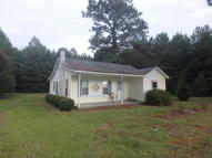 13241 Nc Highway 53 E Maple Hill NC, 28454