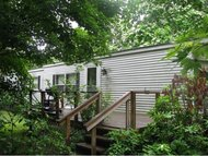 28 A Chester Road Raymond NH, 03077