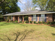 500 Lake Como Laurel MS, 39443