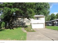 9377 Basswood Dr Olmsted Falls OH, 44138