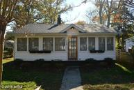 228 Longfellow Ave Colonial Beach VA, 22443
