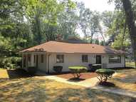 31 Maplecrest Dr Greenville RI, 02828