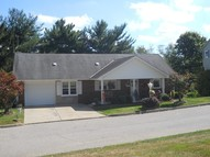 8 Four Sisters Ct. Moundsville WV, 26041