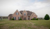 3275 Clay Pond Dr Oakland TN, 38060