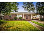 106 Verbov Ave Colonial Heights VA, 23834