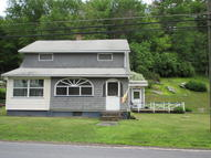 679 Main Rd Hunlock Creek PA, 18621