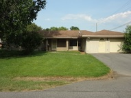 819 Bagwell Mayfield KY, 42066