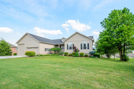 3039 Shaconage Trail Sevierville TN, 37876
