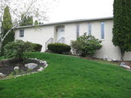 25 Atwell Dr Dupont PA, 18641