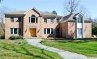 160 Cold Spring Rd Syosset NY, 11791