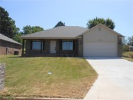 1712 N 32nd  St Fort Smith AR, 72904