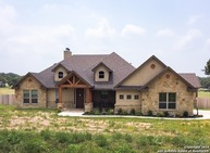 1420 Country Hills Dr La Vernia TX, 78121