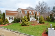 4 Sparrow Ct Oak Ridge NJ, 07438
