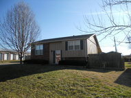 100 Hoilday Place Madisonville KY, 42431