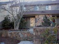 204 Clover Hill Ct Yardley PA, 19067