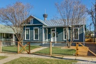 323 Callaghan Ave San Antonio TX, 78210