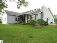 119 Dawn Drive Saint Louis MI, 48880
