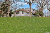 5370 Nassau Point Rd Cutchogue NY, 11935