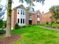 421 Chelsea Crt Upper Saint Clair PA, 15241