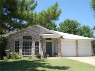 862 Valleybrooke Drive Arlington TX, 76001