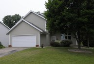 2702 Wentworth Dr Madison WI, 53719