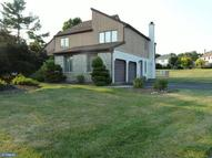 1828 Beacon Hill Dr Dresher PA, 19025