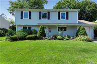 51 Crescent Dr Old Bethpage NY, 11804
