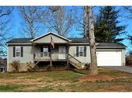 4 Barclay Road Candler NC, 28715