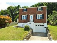 942 Roland Dr Pittsburgh PA, 15221