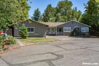 1211 Sherwood Pl Nw Albany OR, 97321