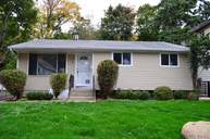 15 Locust St Roslyn Heights NY, 11577
