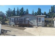 152 Se Country Side Ln Winston OR, 97496
