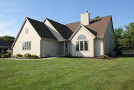 2060 S Sunset Ct New Berlin WI, 53151