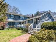 28 Branch Dr Smithtown NY, 11787