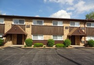 4431 Arbor Circle 25 Downers Grove IL, 60515