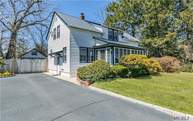 258 Mcconnell Ave Bayport NY, 11705