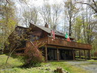 210 Meath Ln Dingmans Ferry PA, 18328